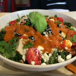 spicy avocado quinoa kale bowl